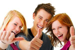 happy-college-students-3313